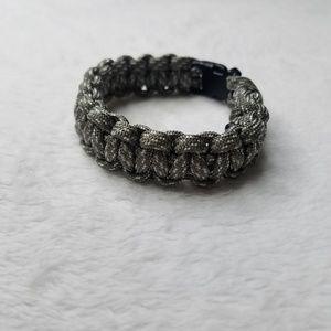 ⚡Army Green & White Paracord Bracelet